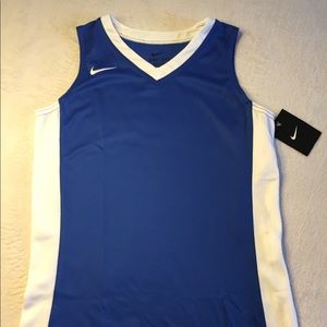 NWT Nike Youth Girls Basketball Jersey Sz L Blue